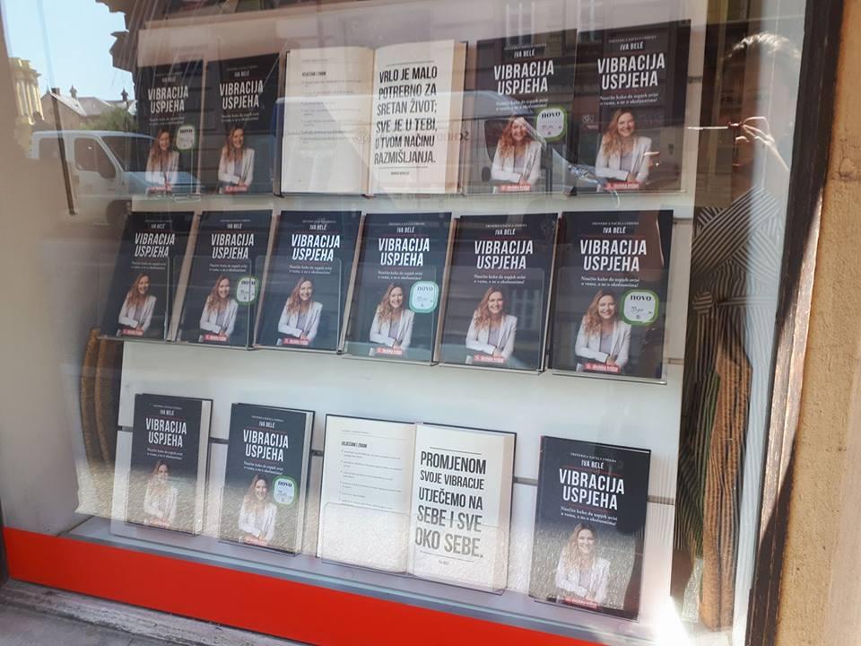 Vibracija uspjeha u knjižari